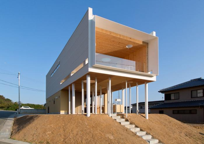 I-0118、傾斜地の二世帯住宅(愛知県)